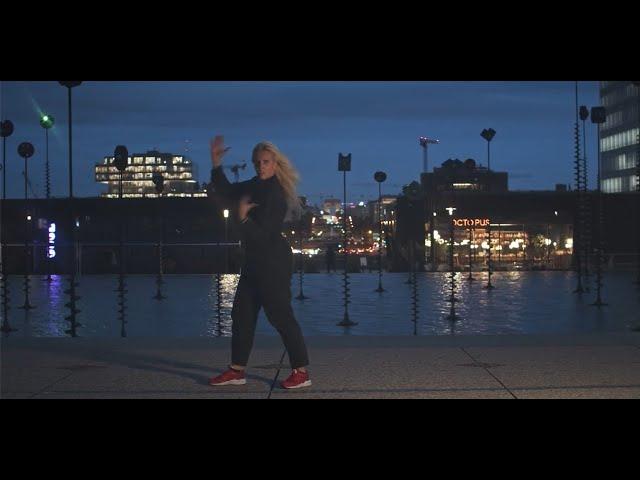 """LDWTV - """" Cours de danse HIP-HOP avec Aurore Borgo, danseuse du Label Karine Saporta"""